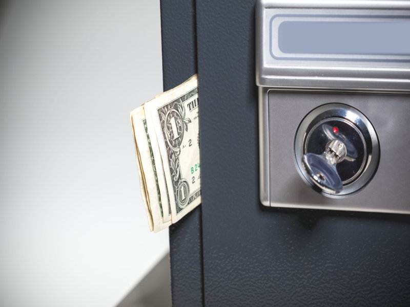 When Should I Contact a Locksmith to Open My Safe?